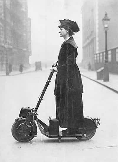 Lady-Normans-Scooter-009.jpg